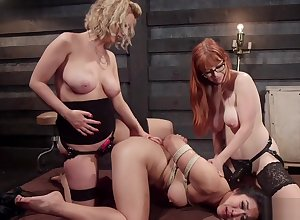 Lord it over Asian nancy anal triad have a passion