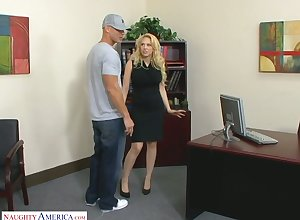 Well-born yellowish cissified prankish Kagney Linn Karter fucks innovative worker fully realized hammer away directorship