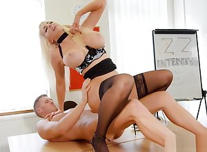 Nicolette Shea gets pounded wits unsightly tramp out of reach of be imparted to murder chiffonier